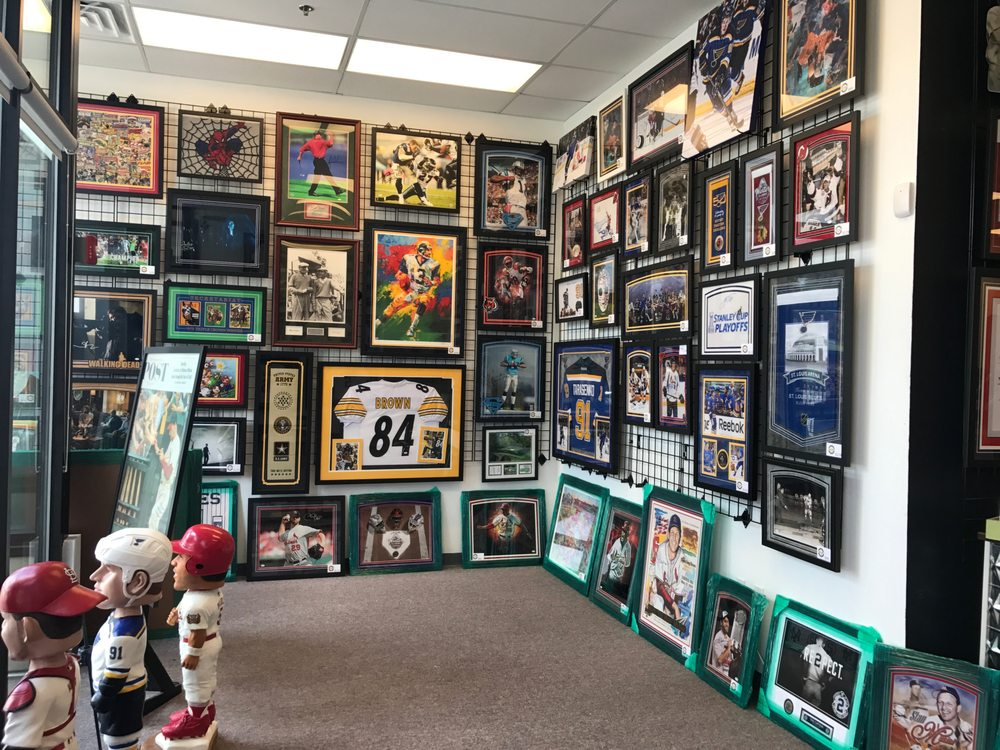 Dogtown Sports Collectibles & Framing: 6410 Wise Avenue (Tamm & Clayton), Saint Louis, MO