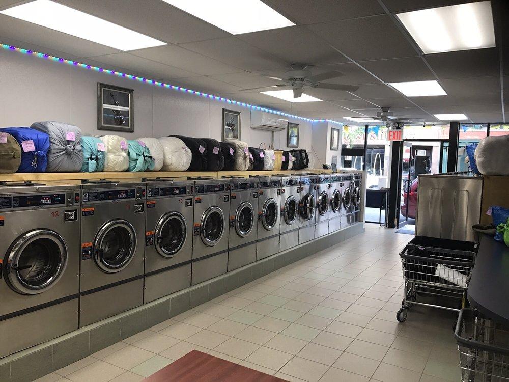 Supreme Laundromat - 16 Photos & 15 Reviews - Laundromat ...