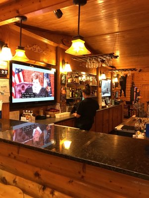 The Log Cabin Bar and Grille - 2019 All You Need to Know