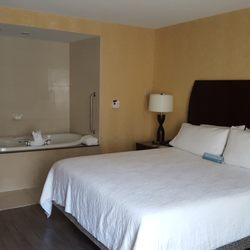 Photo Of Hilton Garden Inn Toronto On Canada King Room With Jacuzzi