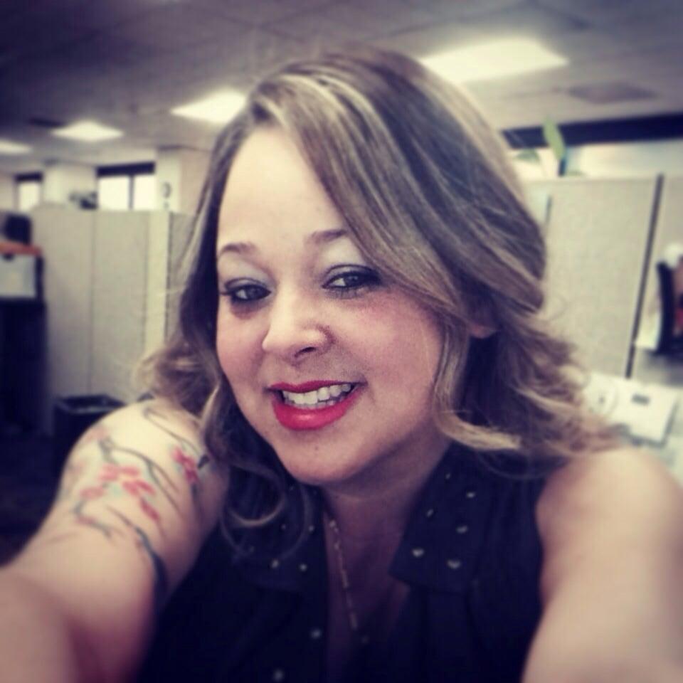 Salon dame 14 avis coiffeurs salons de coiffure for Samantha oups au salon de coiffure