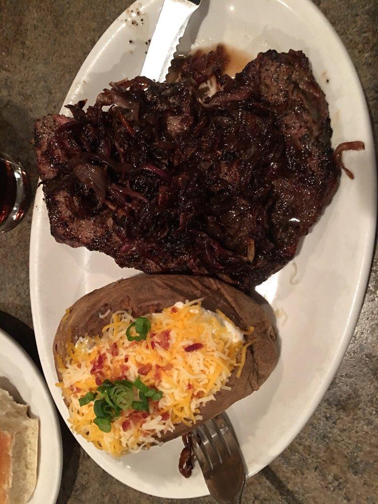 Paul's Place Steakhouse: 120 W MacArthur St, Shawnee, OK