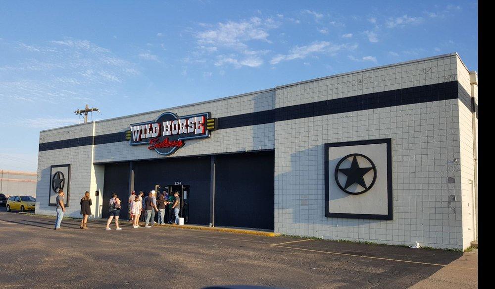 Wild Horse Saloon: 3249 SW Topeka Blvd, Topeka, KS