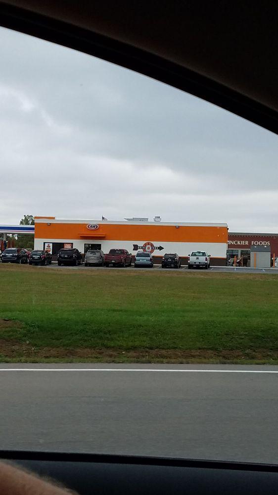 A&W Restaurant: 4549 S Van Dyke Rd, Almont, MI