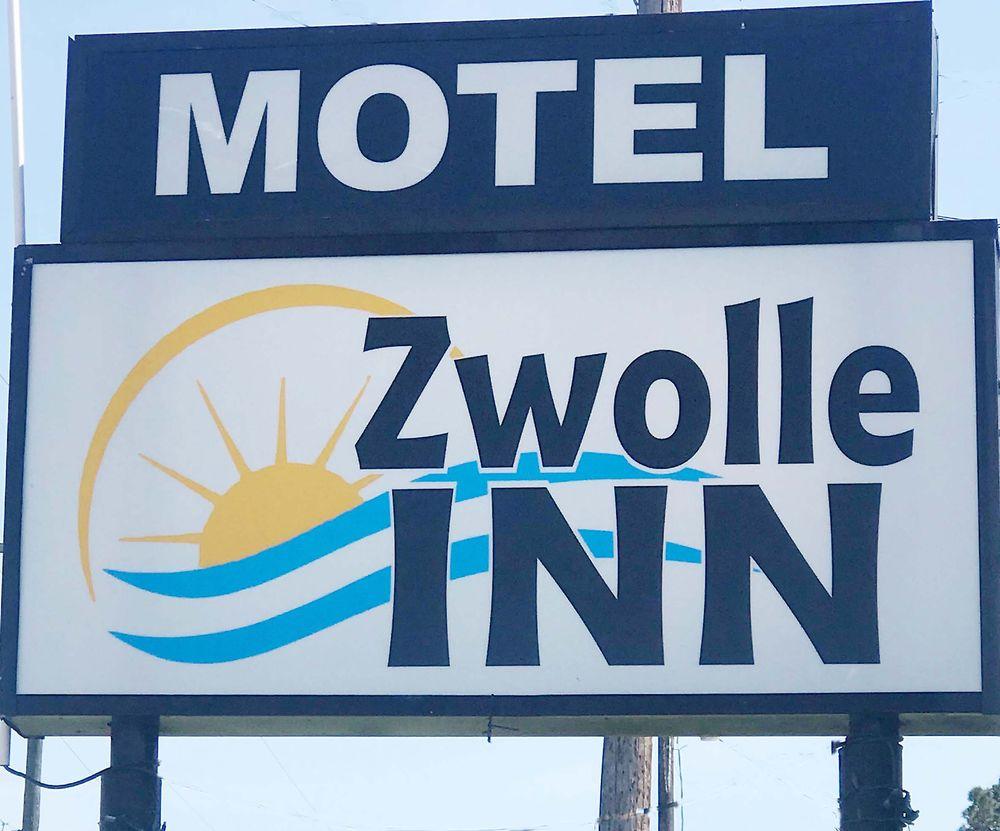 Zwolle Inn: 940 Dahlia Vines St, Zwolle, LA