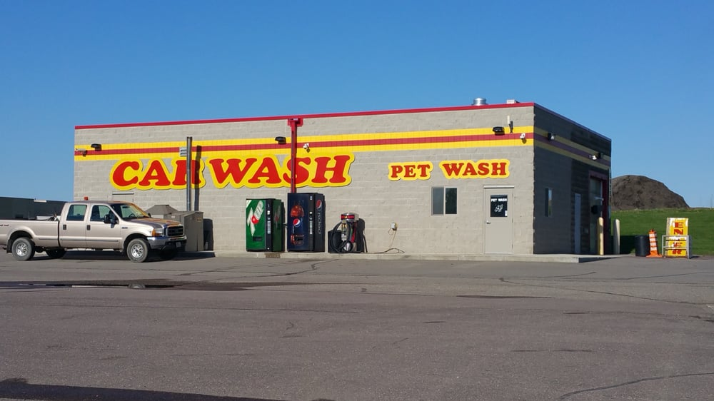 Shell Food Mart: 1510 Giant Dr, Blue Earth, MN