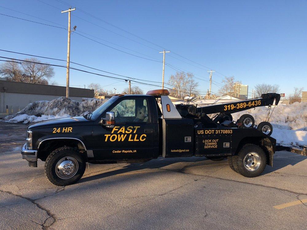 Fast Tow: 320 6th St SW, Cedar Rapids, IA