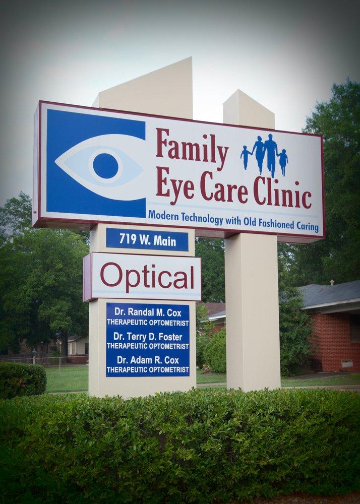 Family Eye Care Clinic: 719 W Main St, Atlanta, TX