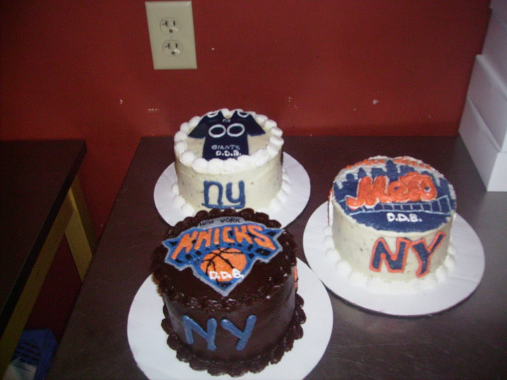 Custom Birthday Cakes Sports Theme Ny Knicks Ny Mets And Ny Giants