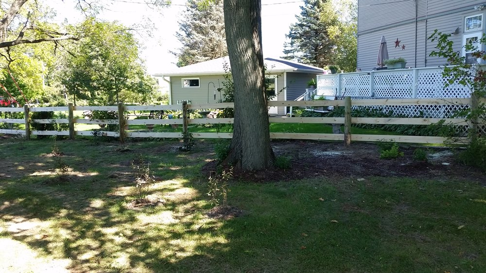 Behl Fence & Decking: N1223A Scofield Rd, Watertown, WI