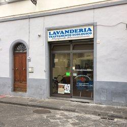 Lavanderia Di Manfredi Massimiliano Laundry Services