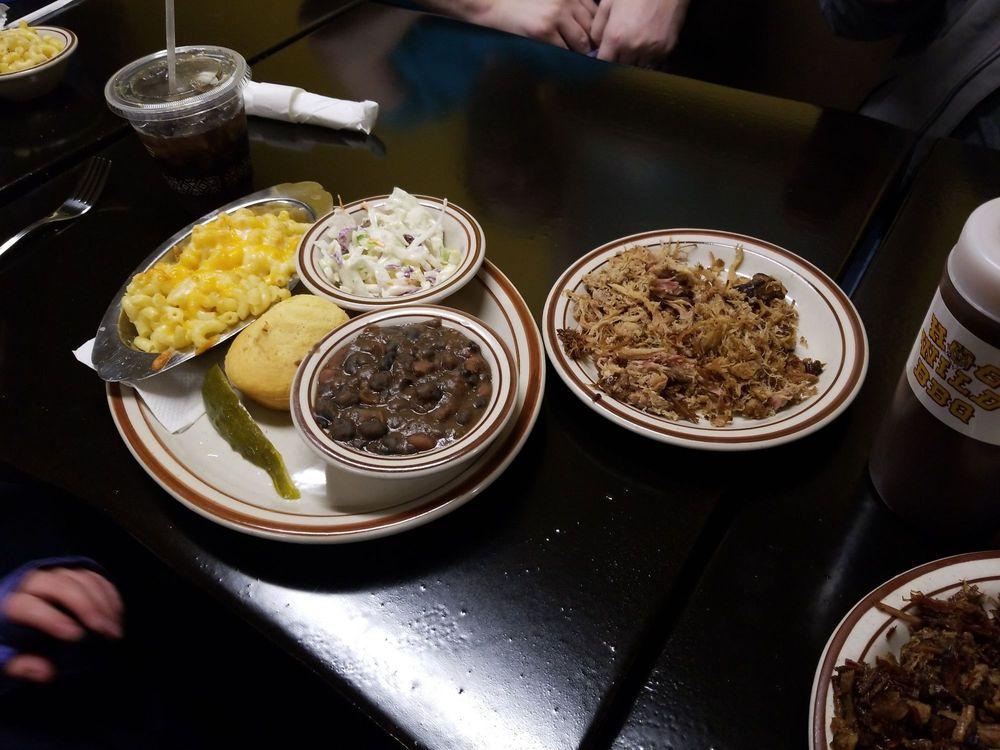 Food from Hog Wild BBQ