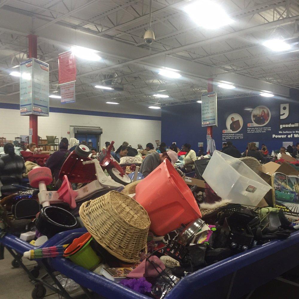 Goodwill: 2901 State St, Hamden, CT