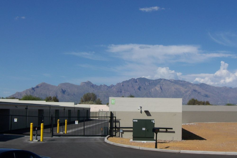 Silverbell Self Storage: 2720 N Silverbell Rd, Tucson, AZ