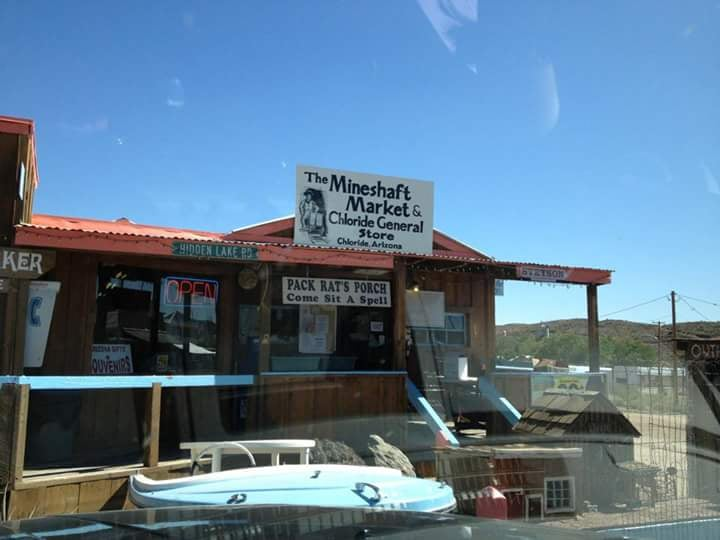 The Mineshaft Market: 4940 Tennessee Ave, Chloride, AZ