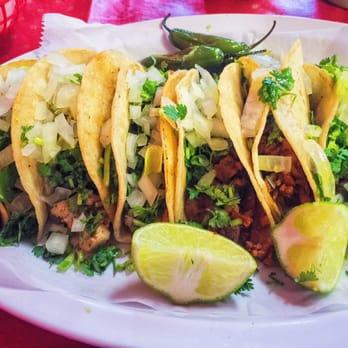Taqueria Montanos Mexican Food