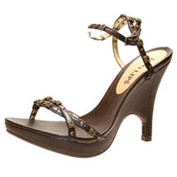 467ab653cc5d Two Lips Shoes - CLOSED - Shoe Stores - 340 Nut Tree Rd