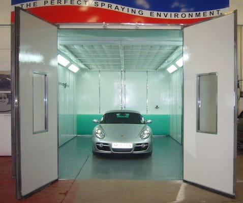 A br auto officine carrozzerie 1 melanie drive for 2 officine di garage per auto