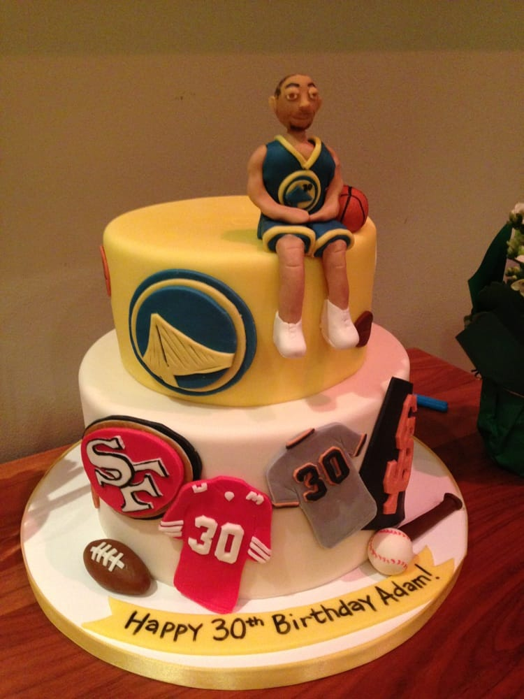 Super Turntable Cakes W A Real Mixer In Between The Cakes Are So Funny Birthday Cards Online Benoljebrpdamsfinfo