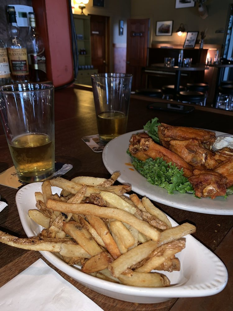 Food from Brick House Pub