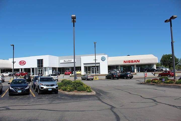 Nissan Dealers Rochester Ny >> Dorschel Nissan - 10 Photos - Car Dealers - 3817 W ...