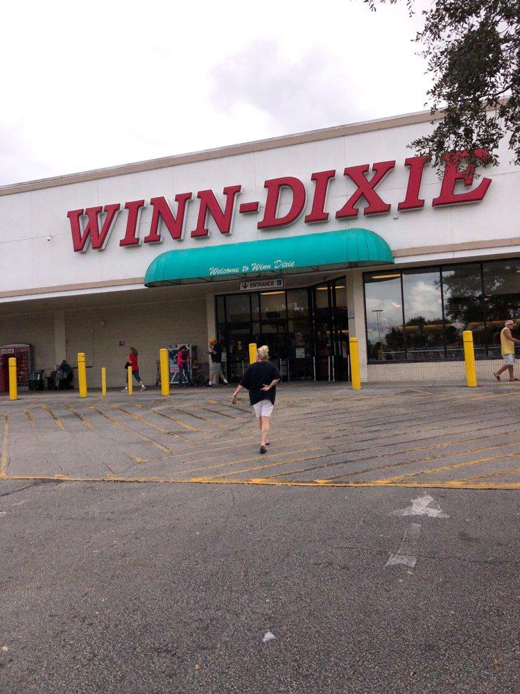 Winn Dixie: 1860 State Road 60 E, Lake Wales, FL