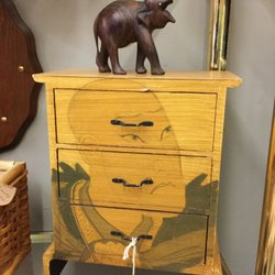 Mid Towne Antique Mall 31 Photos 11 Reviews Antiques 105 N