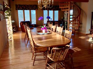 Adams Street Country Lodge: 1412 170th St, Creston, IA