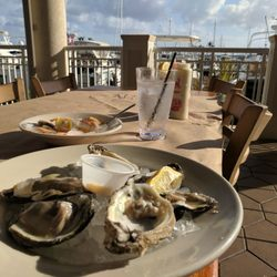 Pinchers 78 Photos 134 Reviews Seafood 5991 Silver King Blvd Cape C Fl Restaurant Phone Number Yelp