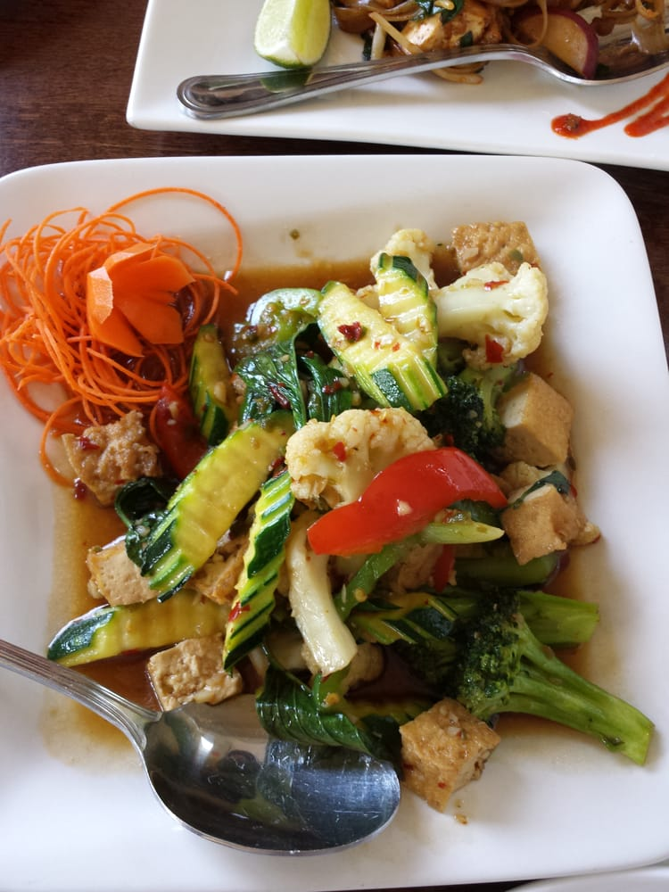 Pad basil with tofu yelp for Jasmine cuisine