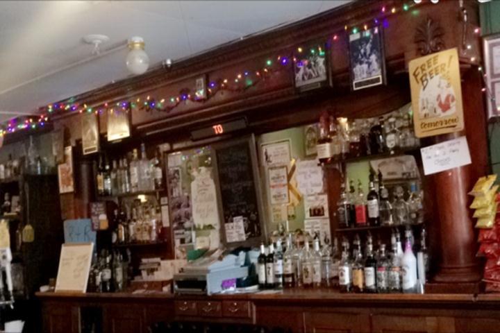 R & R Pub: 109 W Comanche Ave, Shabbona, IL