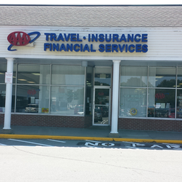 AAA Insurance has competitive rates, discounts, and knowledgeable agents to get you the right coverage, at the right price. And you can save money by bundling your auto insurance with AAA home insurance – giving you added protection. Call to speak with an experienced AAA Insurance agent.