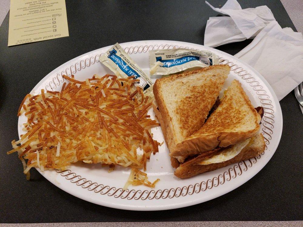 Waffle House: 465 Gordonsville Hwy, Gordonsville, TN