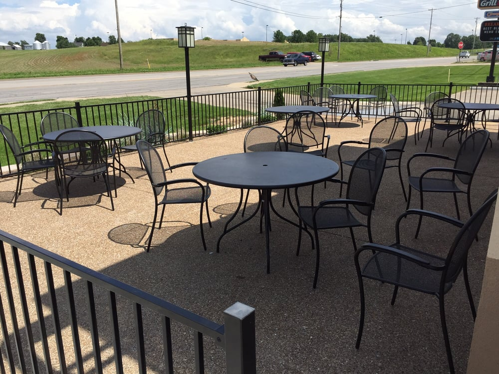 Dairy Queen Grill & Chill: 1800 N Main St, Beaver Dam, KY