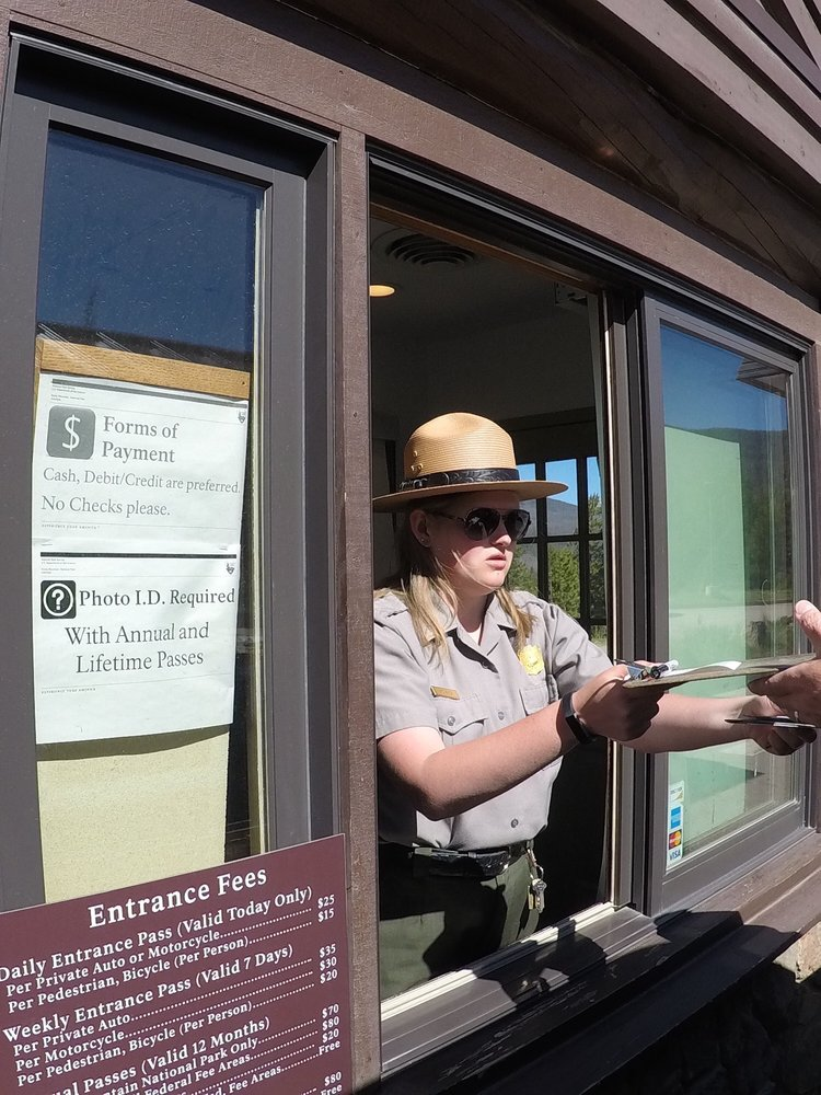Kawuneeche Visitor Center: Rocky Moutain National Park, Grand Lake, CO
