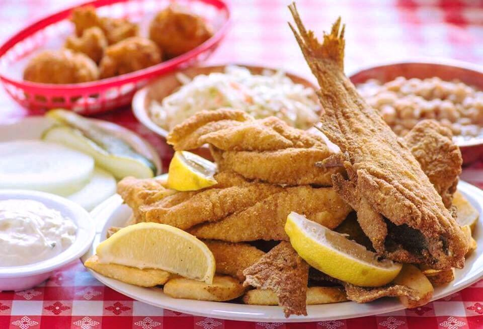 Uncle Bud's Catfish: 1824 Old Fort Pkwy, Murfreesboro, TN