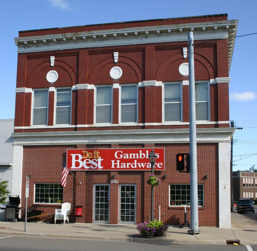 Gamble Store: 302 N State St, Caro, MI