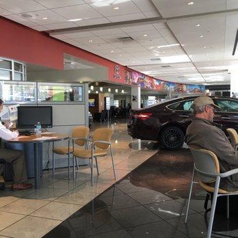 autonation toyota las vegas 67 photos 327 reviews car dealers 6300 west sahara ave. Black Bedroom Furniture Sets. Home Design Ideas