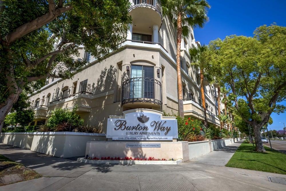 Burton Way Luxury Apartments Los Angeles Ca