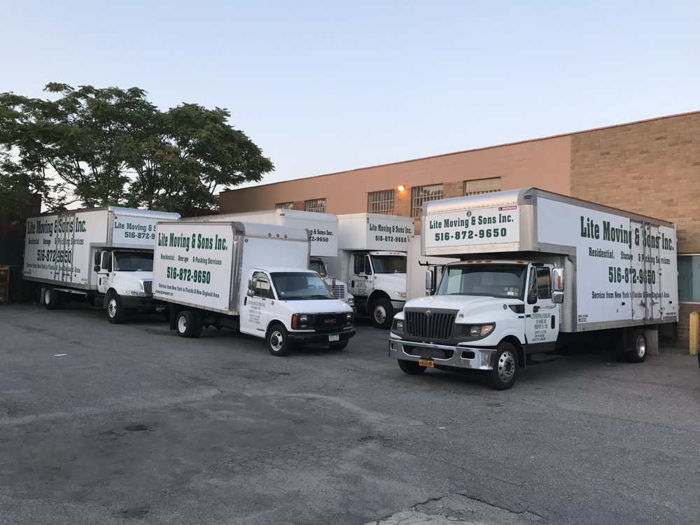 Lite Moving and Sons: 37A Hanse Ave, Freeport, NY