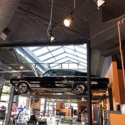 Cody S Gastro Garage 52 Photos 61 Reviews Salad 88 South