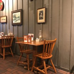 Cracker Barrel Old Country Store 25 s & 39 Reviews