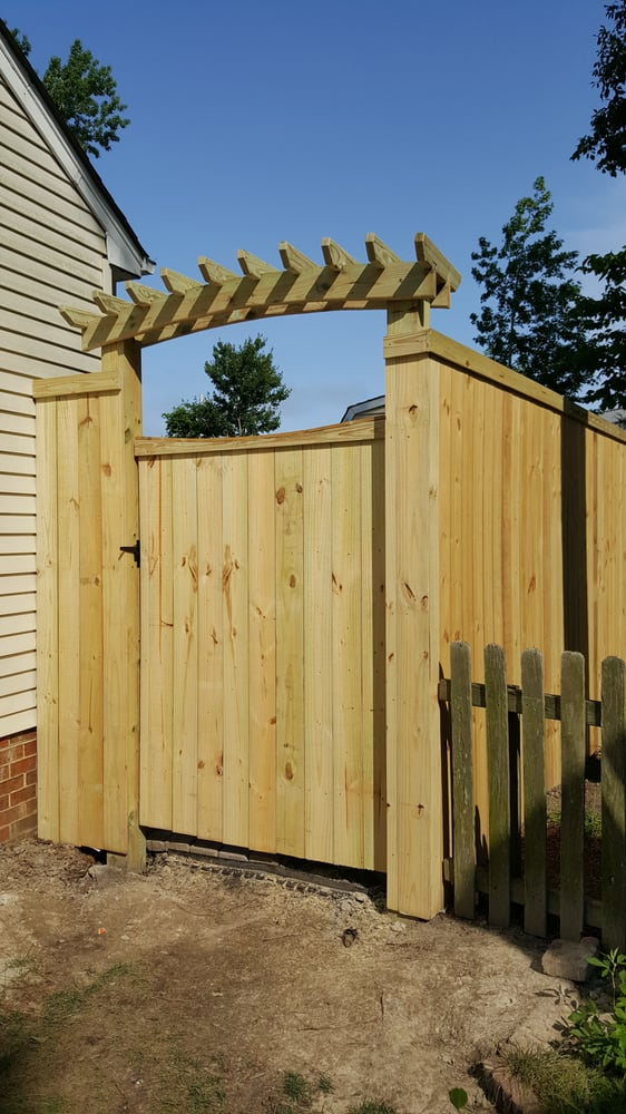 Craftsman Fencing: 4705 Hermitage Rd, Virginia Beach, VA