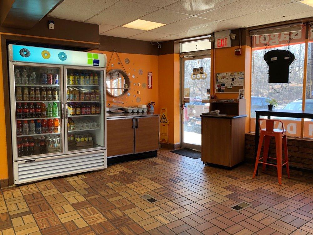 Social Spots from Glaze'n Daze Donuts