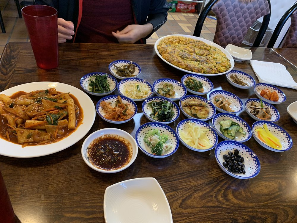 Arirang Korean Restaurant: 1943 Decker Blvd, Columbia, SC