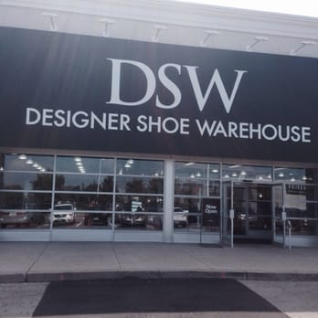 Is Shoe Company And Dsw The Same