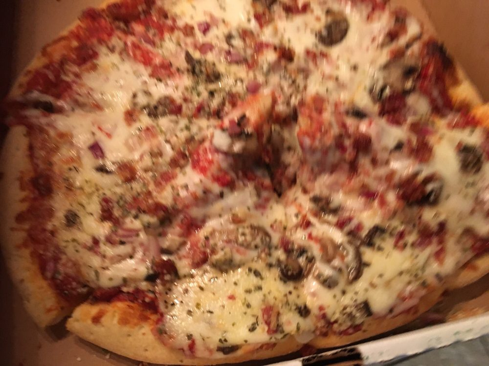 Mama Cimino's Pizzeria: 13640 South Sunland Gin Rd, Arizona City, AZ