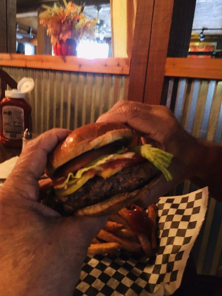 Water's Edge Pub & Grill: 125 Central Ave, Crescent City, FL