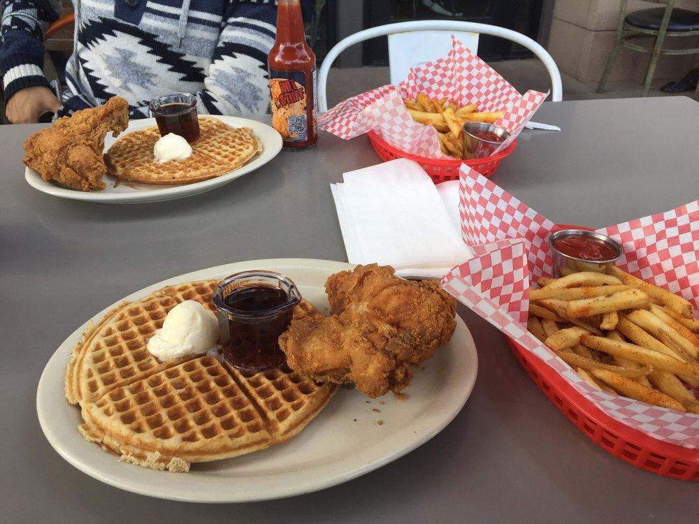 Lo-Lo's Chicken and Waffles: 366 N Gilbert Rd, Gilbert, AZ