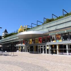 Restaurant Place De Loire Orl Ef Bf Bdans